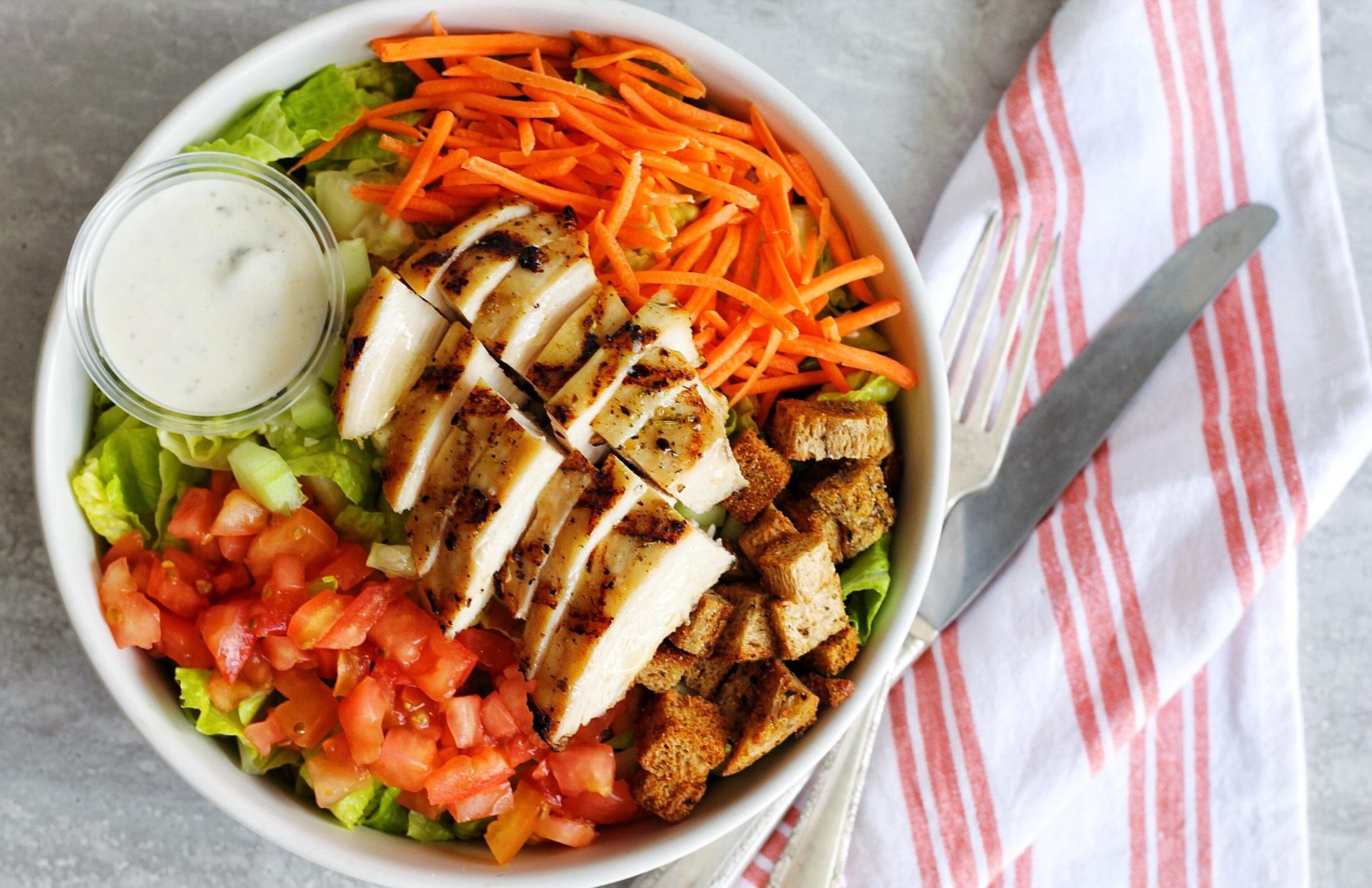 Garden Salad with Roasted Chicken